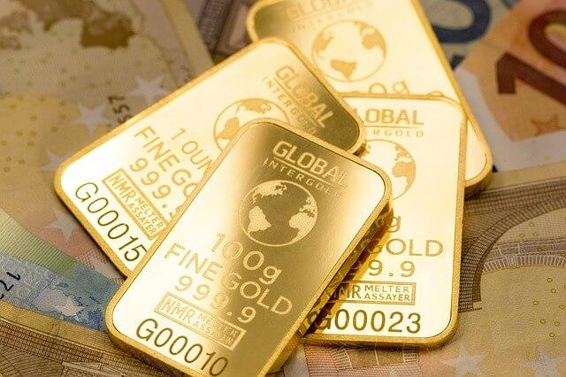 Kulta laattoja