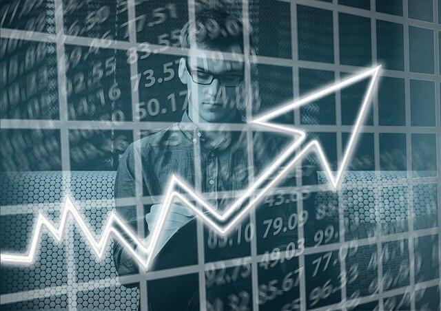 Mitä osakkeita kannattaa ostaa?